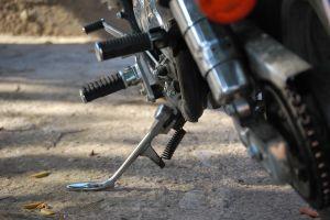 1108569_motorbike_parking[1]