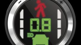 Vancouver taxi z Mobileye BIZNES, Motoryzacja - Już 200 taksówek w Vancouver jeżdzi z systemem Mobileye®. Pomaga on taksówkarzom na zatłoczonych ulicach śledzić drogę przed pojazdem, wykrywa zmianę pasa ruchu, wtargnięcie pieszego, ograniczenia prędkości. W razie potrzeby ostrzega kierowcę, pozwala uniknąć wypadków.